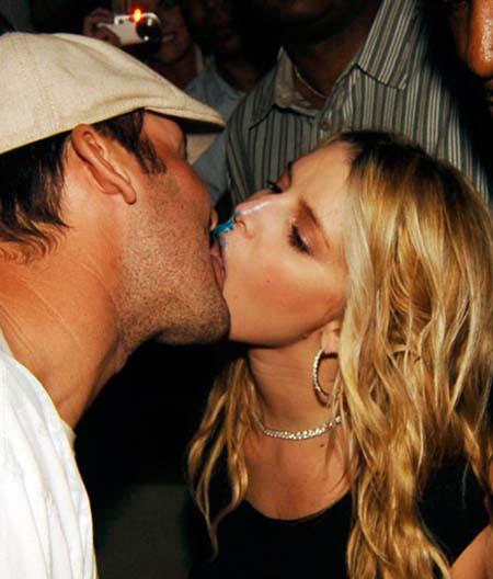 Romo cowboys jessica simpson quarterback season nfl dating starting make 10
