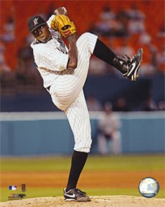 aagr102dontrelle-willis-2005-pitching-action-posters